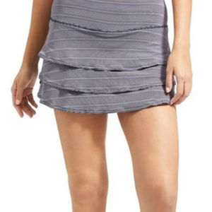 EUC Athleta dot stripe swagger Skort - Navy